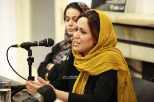 شیوا اردوئی از اجرای تئاترها به زبان انگلیسی می گوید